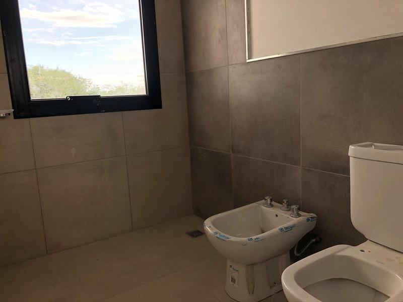 Foto PH en Venta en  Miradores de Manantiales,  Cordoba Capital  Miradores de Manantiales - Casa a estrenar!