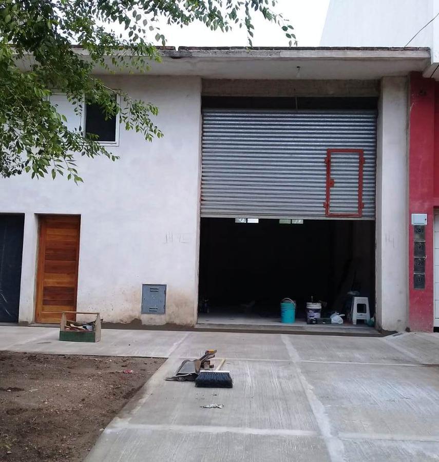 Foto Local en Venta en  Miramar ,  Costa Atlantica  Calle 26  Nº al 1400