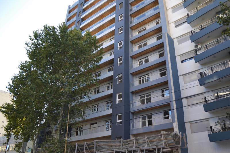Foto Departamento en Venta en  Barracas ,  Capital Federal  Av. Montes de Oca 1526 - Tipologia E