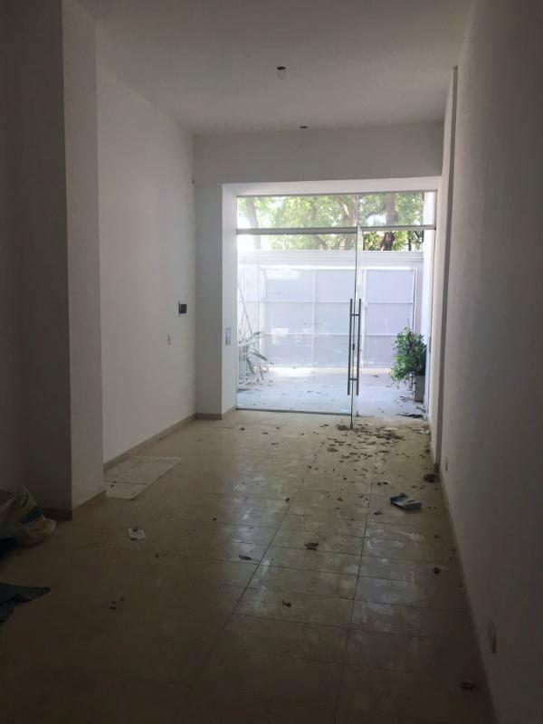 Foto Local en Venta en  Arroyito,  Rosario  J. Ingenieros 854