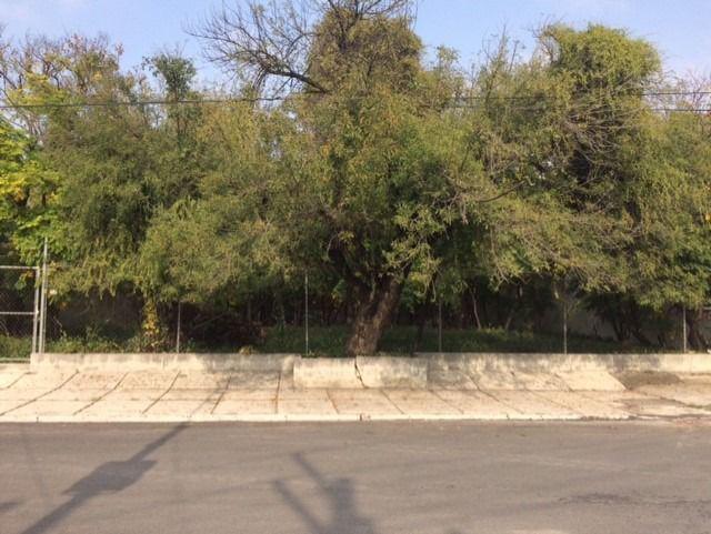 Foto Terreno en Venta en  Del Valle,  San Pedro Garza Garcia  VENTA TERRENO COMERCIALVALLE