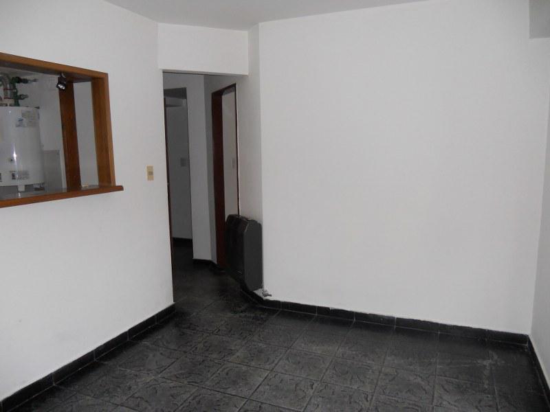 Foto Departamento en Alquiler en  Neuquen,  Confluencia  SANTA FE al 300