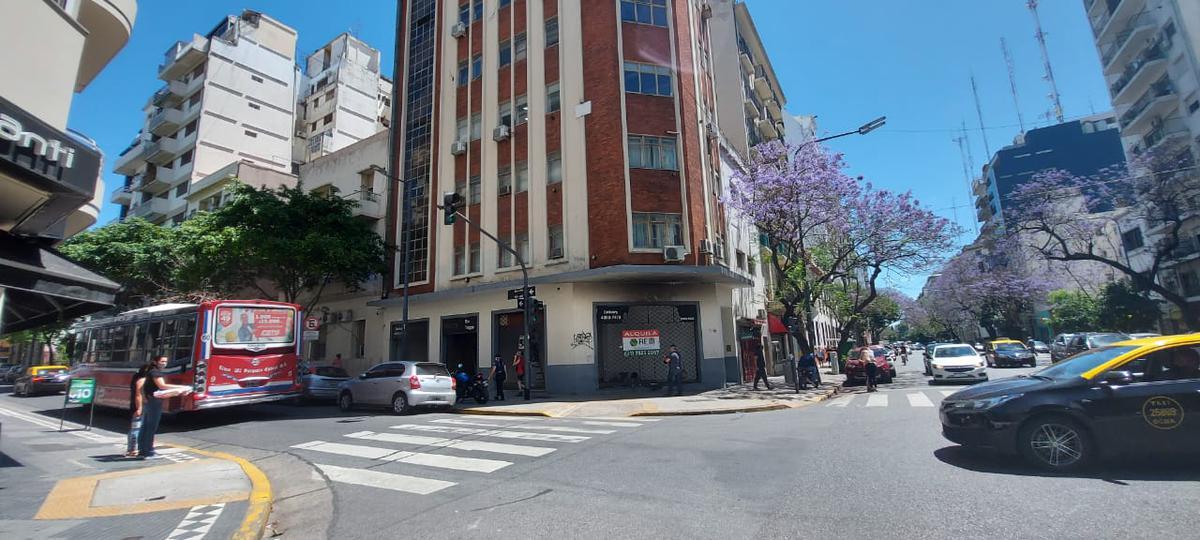 Foto Local en Alquiler en  Monserrat,  Centro (Capital Federal)  belgrano al 1400