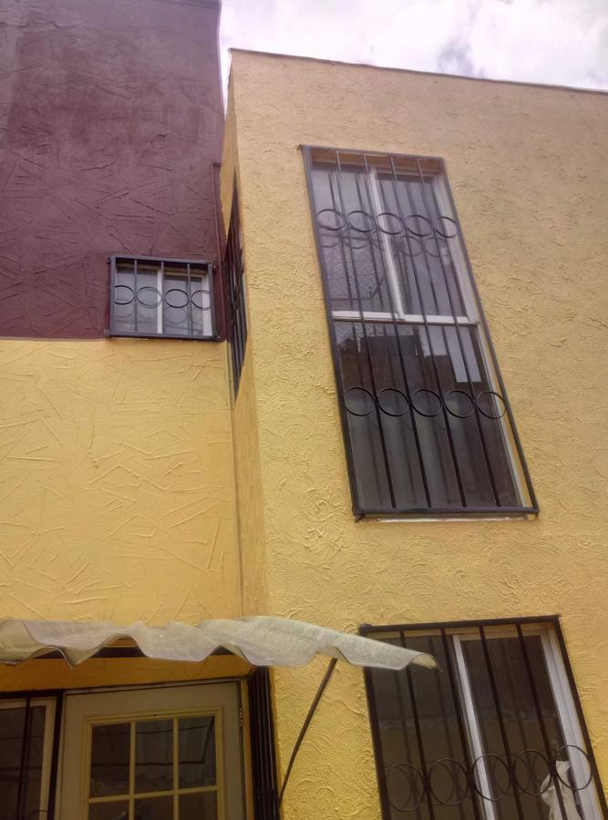 Foto Casa en Venta en  Santa María Totoltepec,  Toluca  Venta de casa remodelada,en privada,  en Santa María Totoltepec