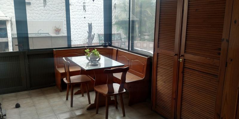 Foto Casa en Venta en  Valentin Alsina,  Lanús  CALLAO al 2500
