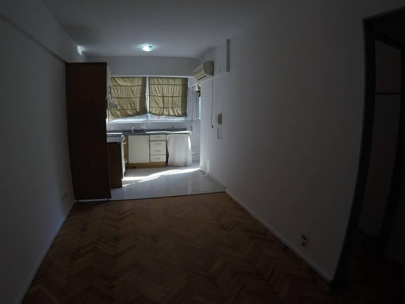 Foto Departamento en Alquiler en  Villa del Parque ,  Capital Federal  Argerich 3130 3 39