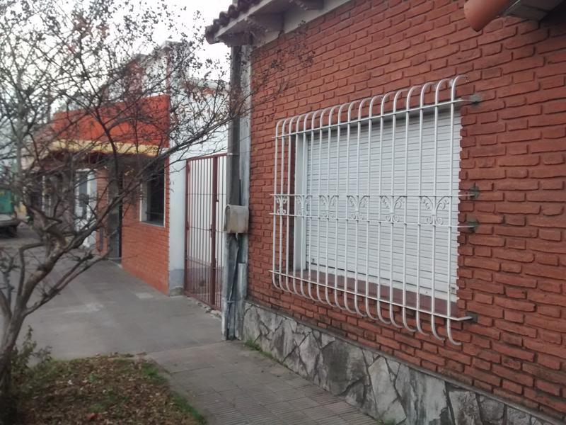 Foto Terreno en Venta en  La Plata ,  G.B.A. Zona Sur  43 entre al 100