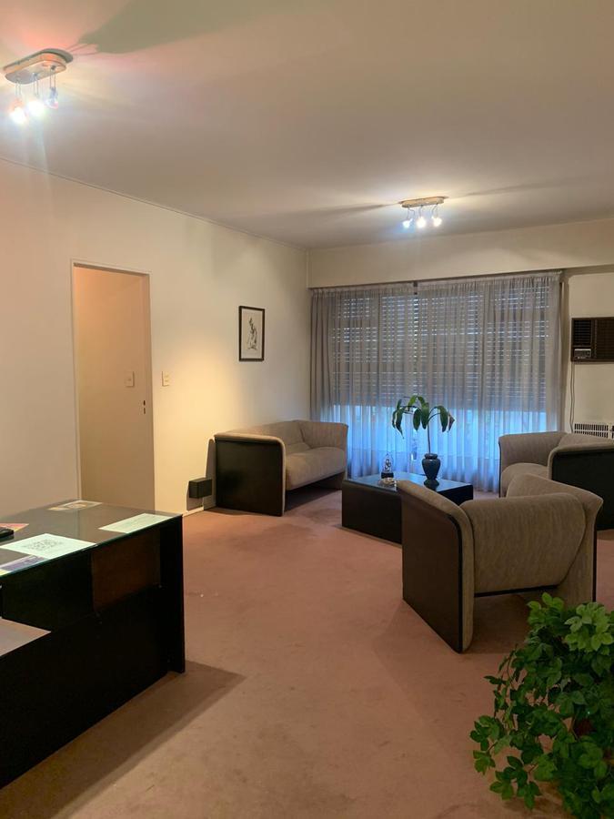Foto Oficina en Alquiler en  San Nicolas,  Centro (Capital Federal)  Uruguay al 700
