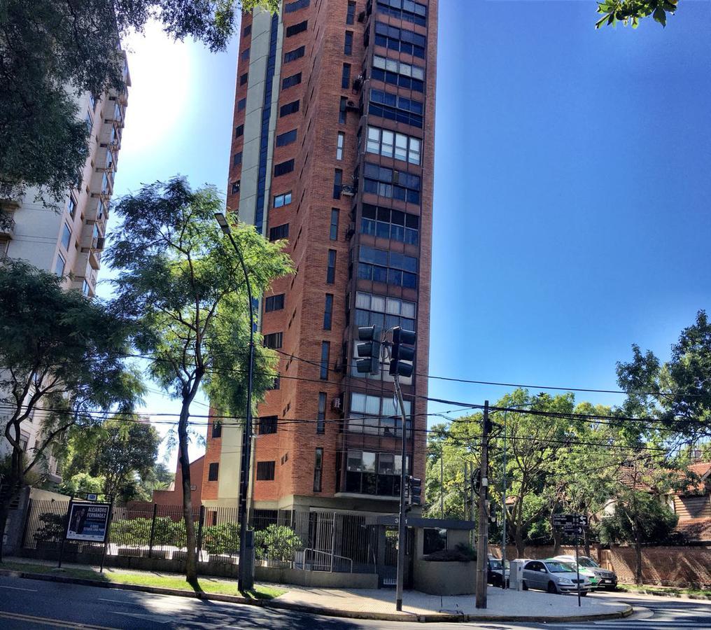 Foto Departamento en Venta en  La Lucila-Libert./Rio,  La Lucila  Av Libertador al 3600
