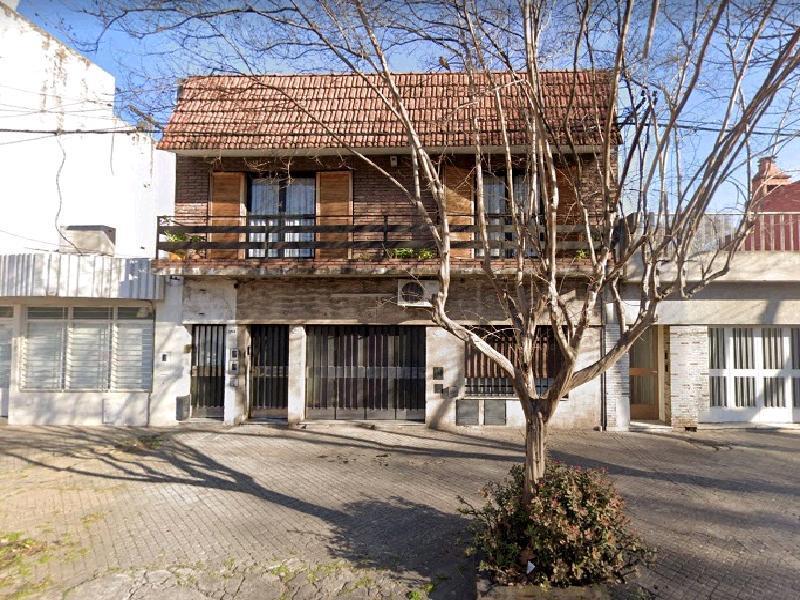 Foto Casa en Alquiler en  Luis Agote,  Rosario  Zeballos  3771 00-01