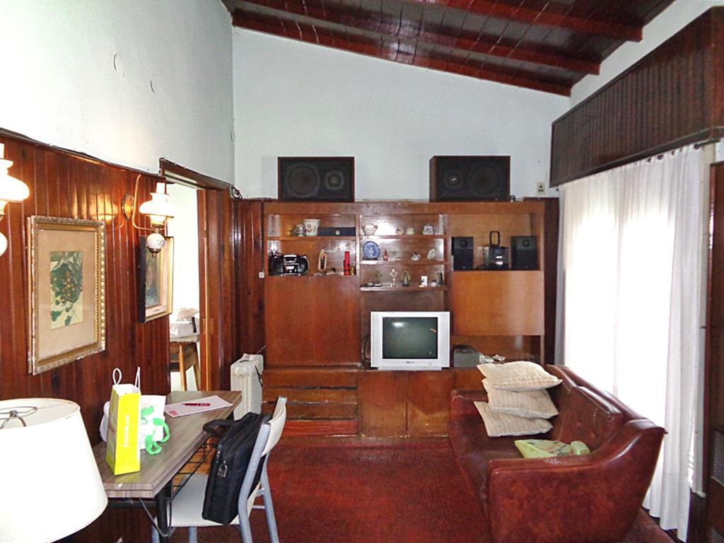 Foto Casa en Venta en  Villa Adelina,  San Isidro  Yerbal al 800