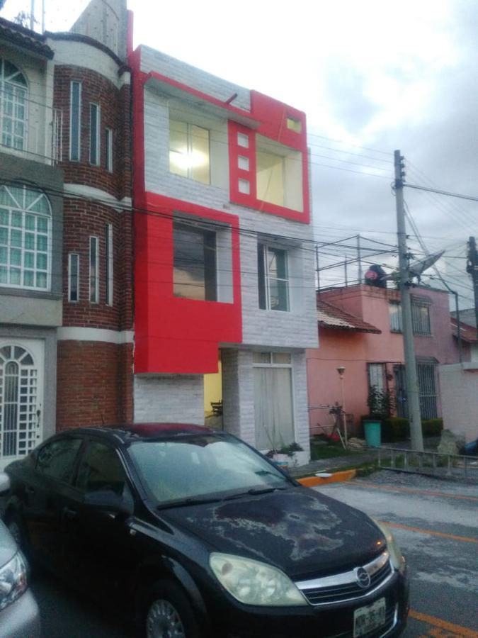 Foto Casa en condominio en Venta en  San Salvador Tizatlalli,  Metepec  Casa  Venta Metepec, cerca del Tec de Monterrey