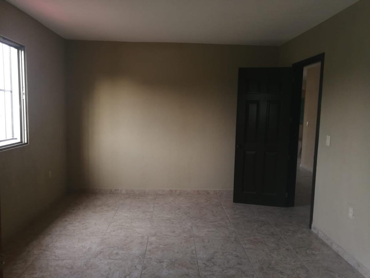 Foto Casa en Venta en  Macultepec,  Centro  Casa de 6 habs. en venta en Macultepec cerca de vialidad importante.