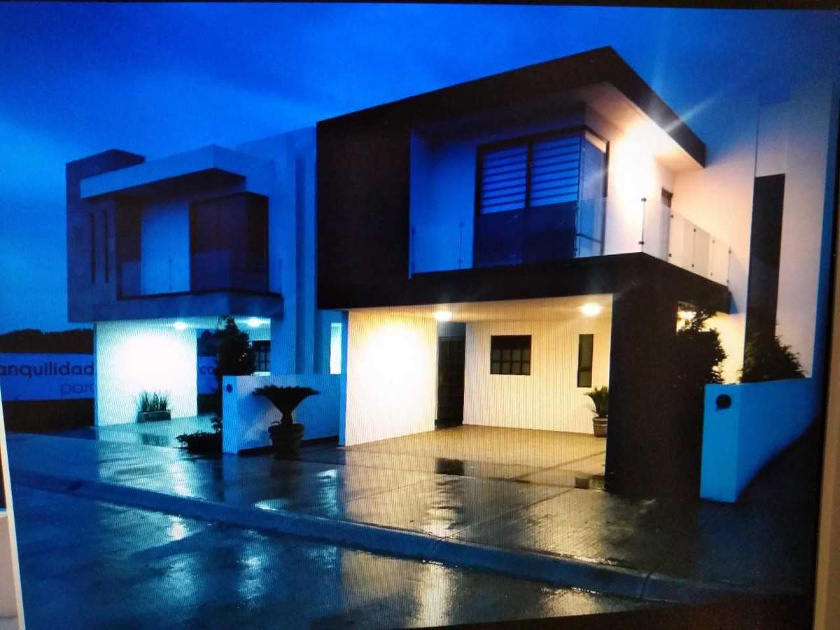 Foto Casa en condominio en Venta en  Ocoyoacac ,  Edo. de México  HERMOSA CASA EN VENTA, RIO HONDITO,OCOYOACAC.