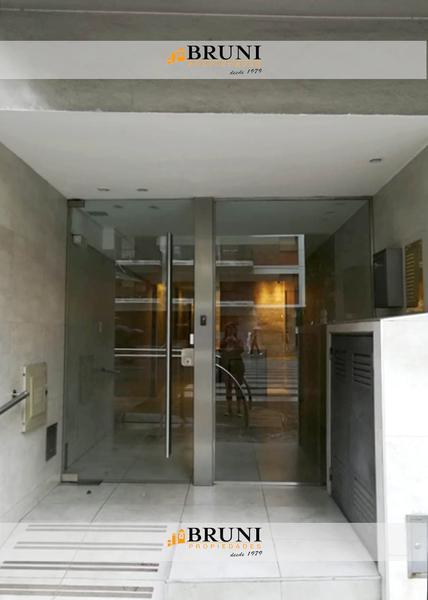 Foto Departamento en Alquiler en  Caballito ,  Capital Federal  Av. Rivadavia al 5900