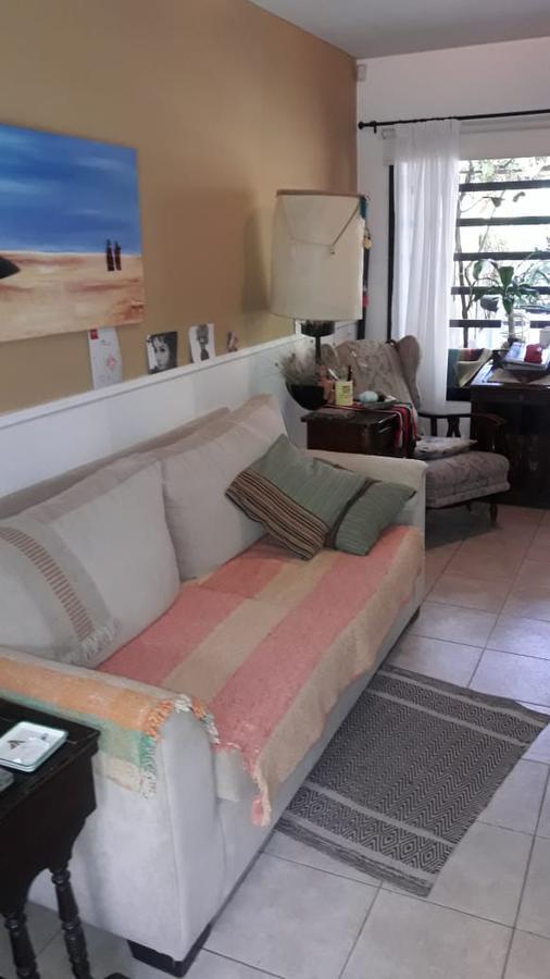 Foto Casa en Venta en  Capital ,  Neuquen  Av San Juan