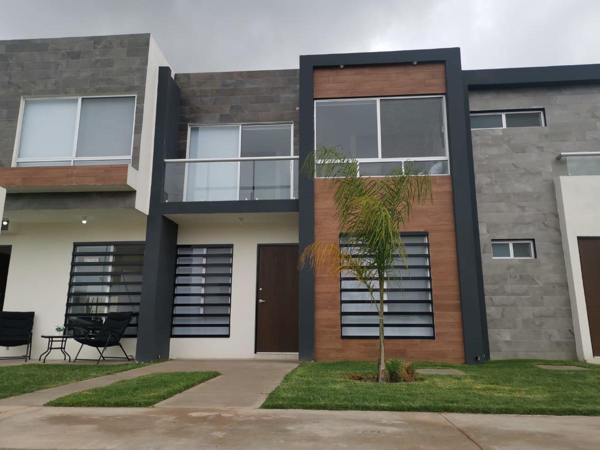 Foto Casa en Venta en  Pozos Residencial,  San Luis Potosí  Casa en Venta en Devan Residencial