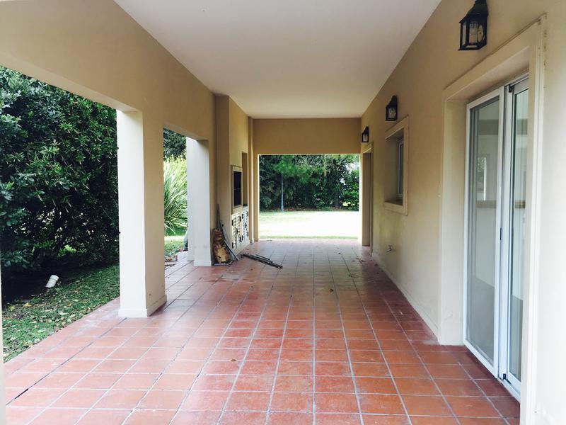 Foto Casa en Venta en  Canning,  Ezeiza  Solar del Bosque