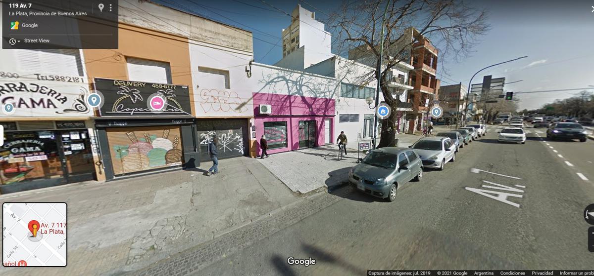 Foto Cochera en Venta en  Barrio Norte,  La Plata  Avda. 7 e/34y35