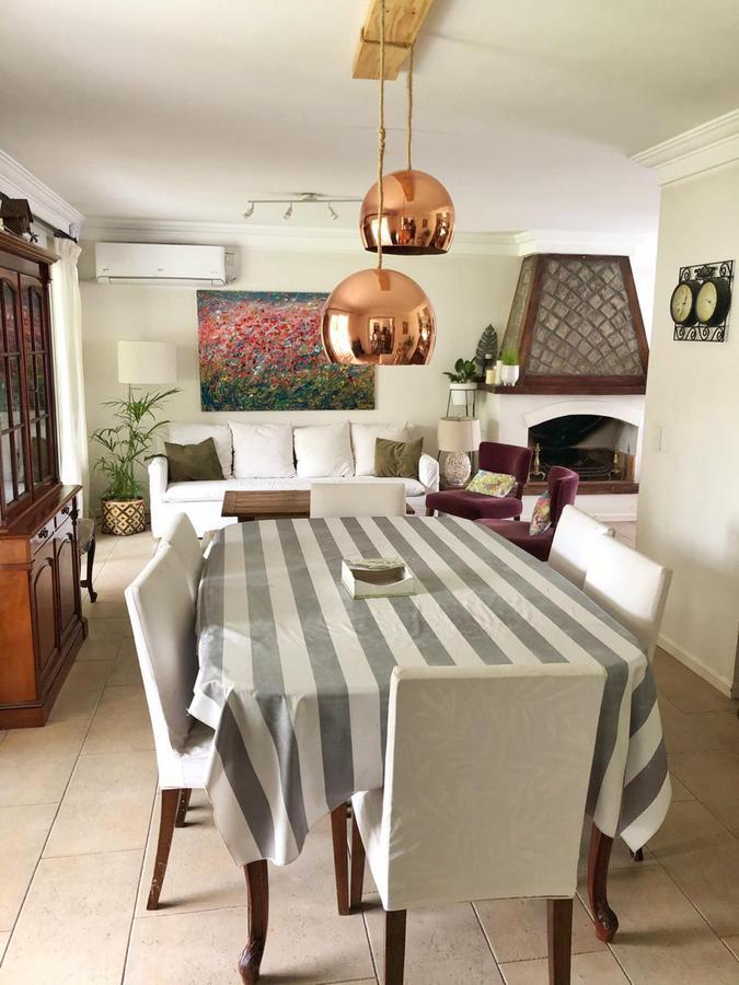 Foto Casa en Venta en  San Isidro,  San Isidro  La Rabida al 2400