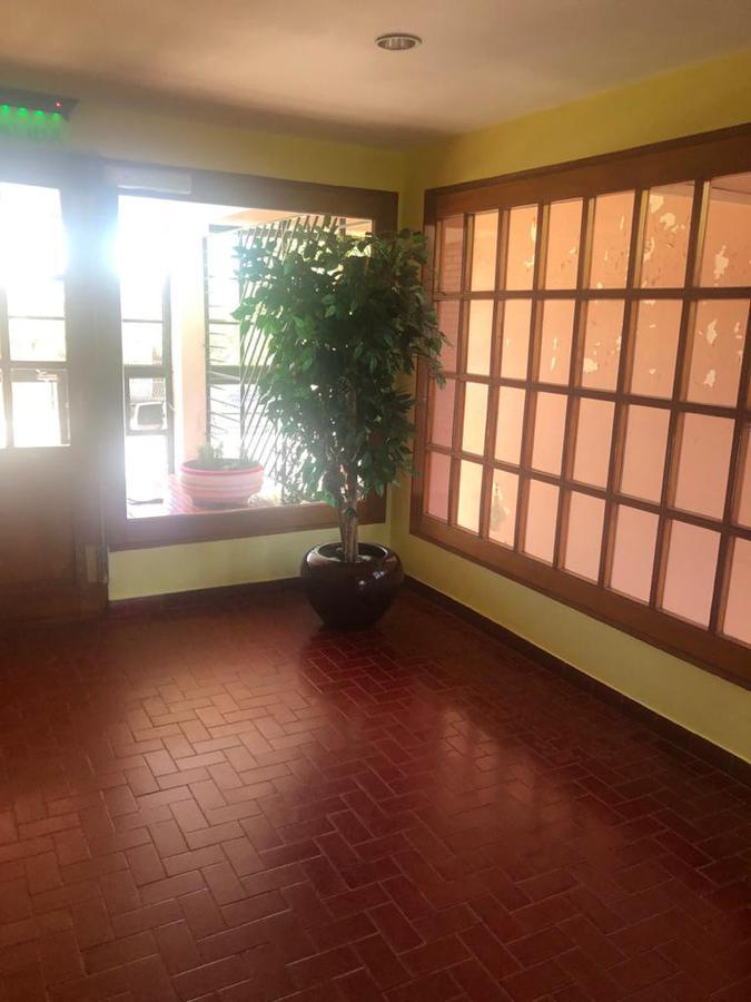 Foto Departamento en Alquiler en  Área Centro Sur,  Capital  lainez al 300