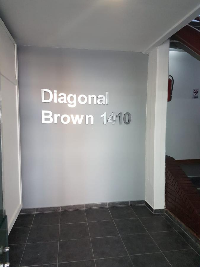 Foto Oficina en Alquiler en  Adrogue,  Almirante Brown  Diagonal Brown 1410
