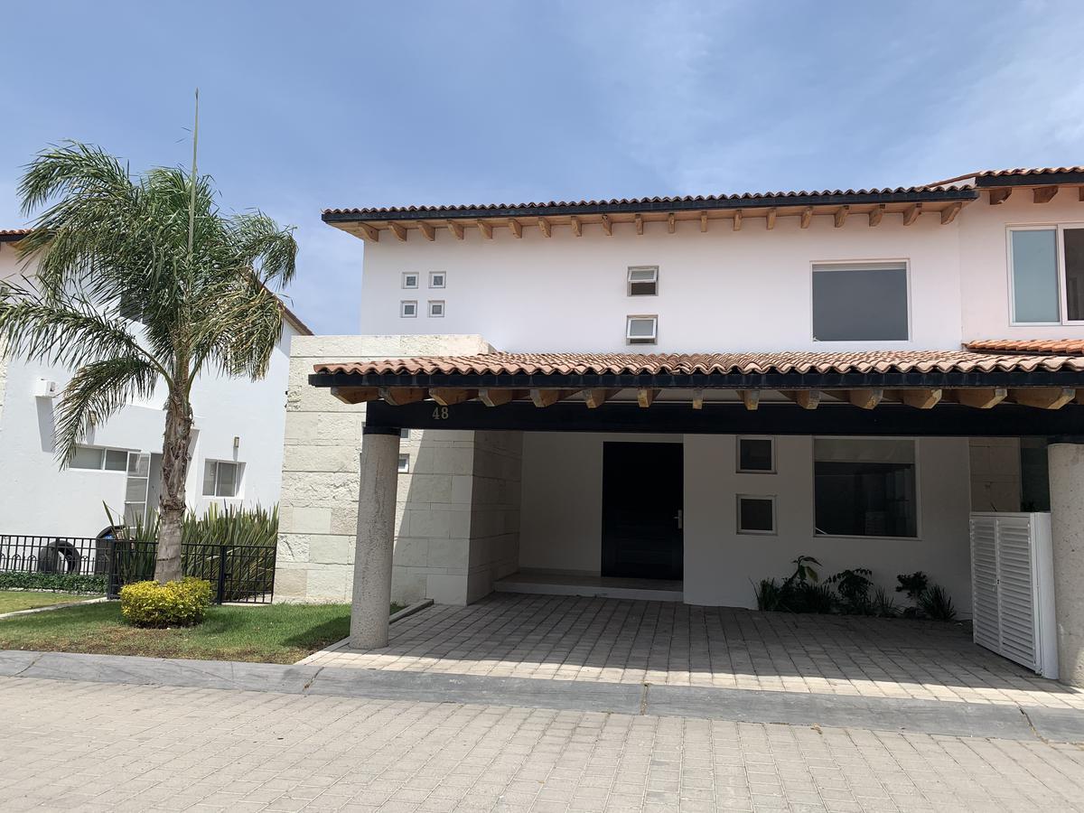 Foto Casa en condominio en Renta en  Lomas del Campanario,  Querétaro  CASA EN RENTA LOMAS DEL CAMPANARIO