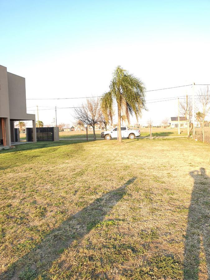 Terreno de 500 m2 - Punta Chacra - Roldan