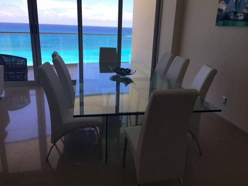 Foto Departamento en Venta en  Zona Hotelera,  Cancún  Departamento de Lujo en La Playa, Zona Hotelera Cancun, Seguridad, Gym