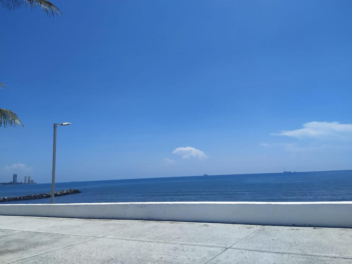 Foto Departamento en Venta en  Los Arcos,  Boca del Río  DEPARTAMENTO EN VENTA  FRENTE AL MAR COLONIA LOS ARCOS BOCA DEL RIO VERACRUZ