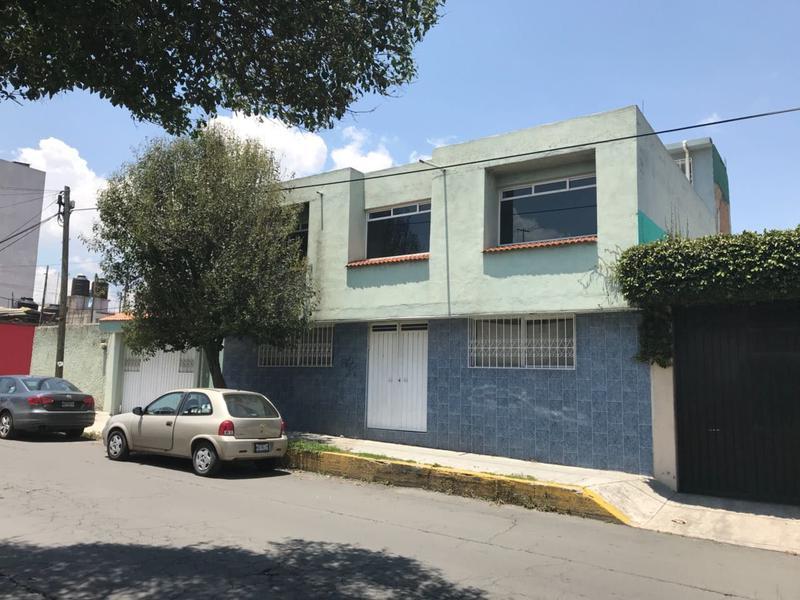 Foto Oficina en Renta en  Ocho Cedros,  Toluca  Se rentan consultorios en Toluca