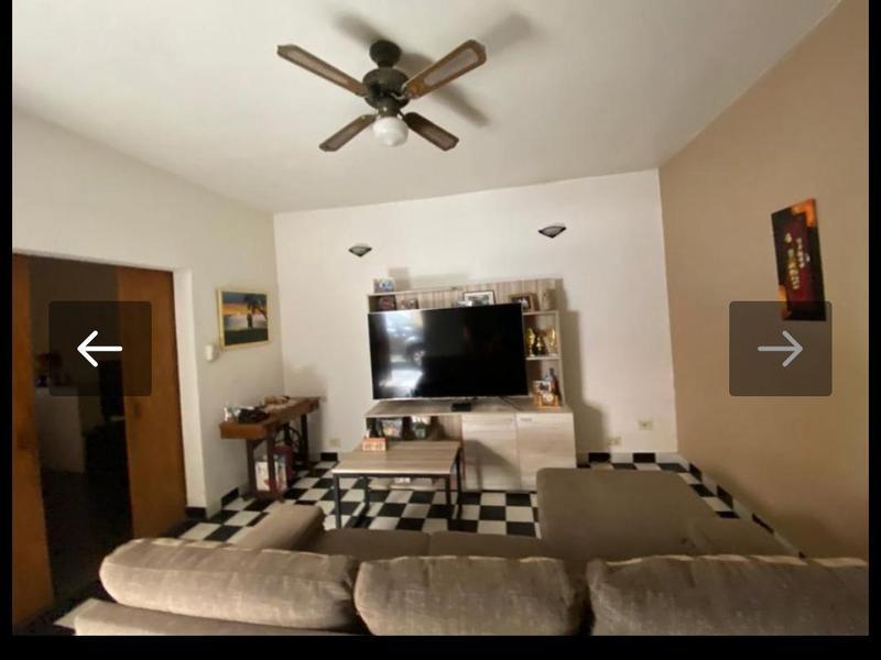 Foto Casa en Venta en  Ezeiza ,  G.B.A. Zona Sur  Avellaneda 750