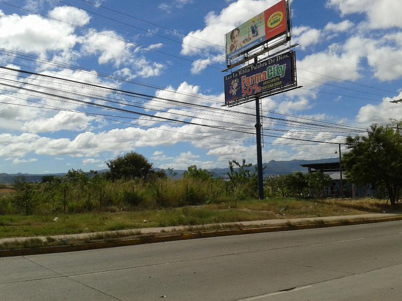 Foto Campo en Renta en  Boulevard Suyapa,  Tegucigalpa  Terreno en Bulevar Suyapa, Tegucigalpa, Honduras