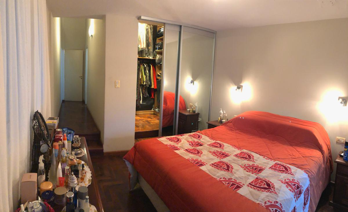 Foto Casa en Venta en  Pque.Capital,  Cordoba Capital  Cumbres Negras al 2000
