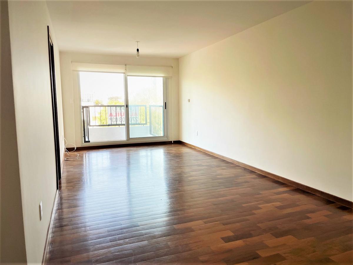Foto Apartamento en Alquiler en  Pocitos Nuevo ,  Montevideo  Luis Lamas al 3400
