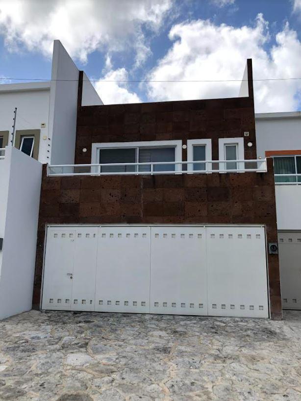 Foto Casa en Venta en  10 de Abril,  Cozumel  CASA COZUMEL BULEVAR AEROPUERTO