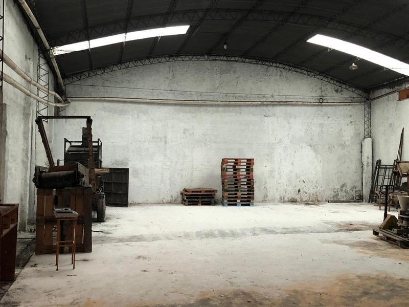 Foto Depósito en Alquiler en  El Manantial,  Lules  Lamadrid al 100