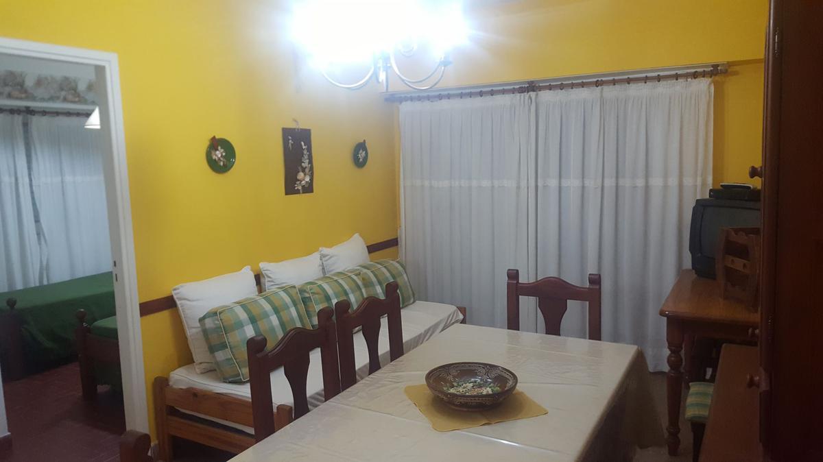 Foto Departamento en Alquiler en  San Bernardo Del Tuyu ,  Costa Atlantica  Chiozza 2564, 5º J