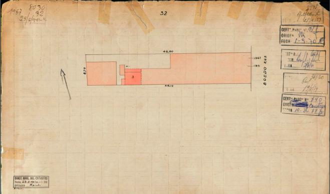 Foto Terreno en Venta en  Boedo ,  Capital Federal  Av. Boedo  * 1967.   En construcción. Obra paralizada. Sup. cub. 2500. Por m2.  usd 720