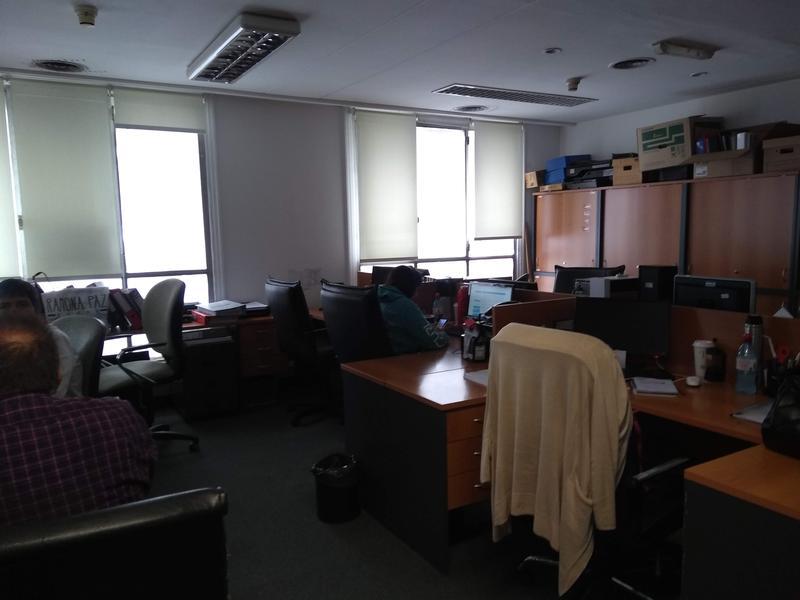 Foto Oficina en Alquiler en  Microcentro,  Centro  25 de Mayo al 400
