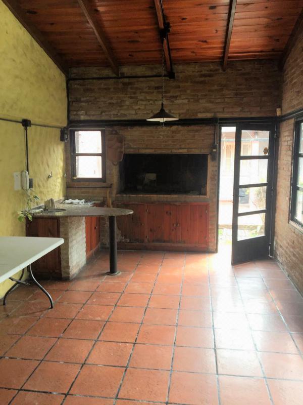 Foto Casa en Venta | Alquiler en  Alberdi,  Rosario  Jose Hernandez 1120