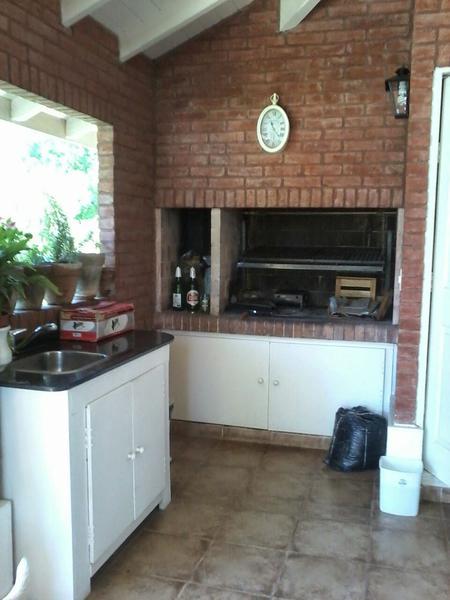 Foto Casa en Venta | Alquiler temporario en  El Rocio,  Countries/B.Cerrado (E. Echeverría)  Hermosa Casa en El Rocío