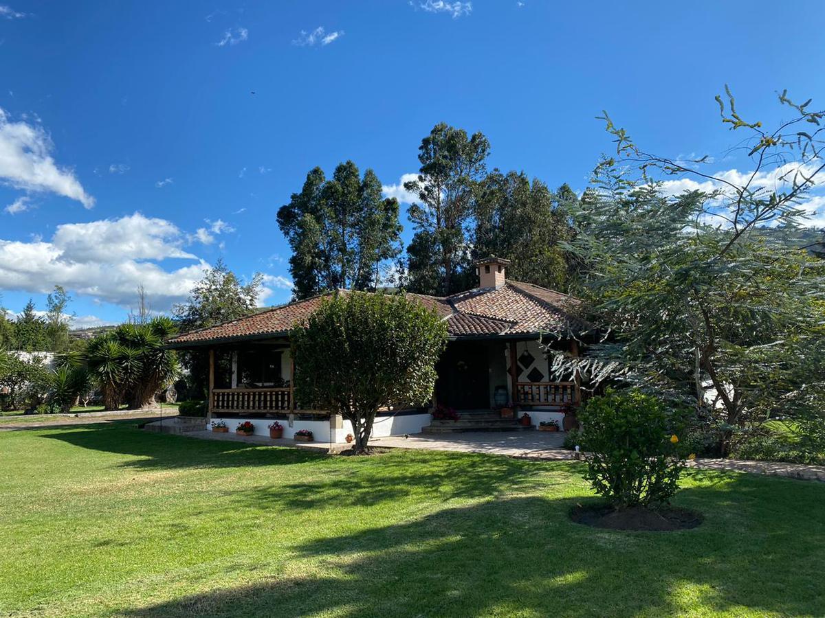 Foto Casa en Alquiler en  Tumbaco,  Quito  Tumbaco