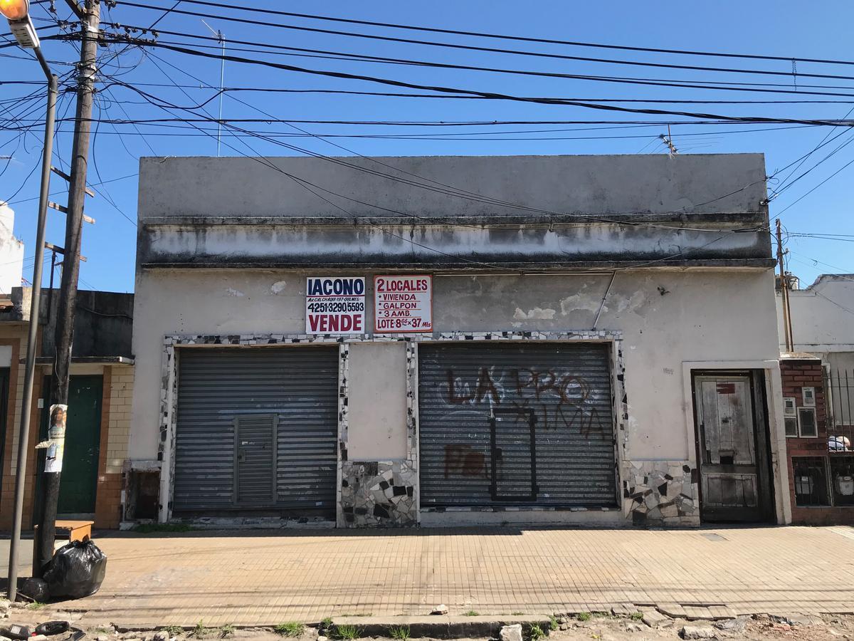 Foto Local en Venta en  Bernal Oeste,  Quilmes      Cerrito 1917 entre calle 164 y calle 165