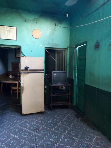 Foto Local en Venta en  Gerli,  Lanús  Lacarra al 2000