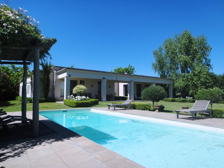 Foto Casa en Alquiler temporario | Alquiler en  Martindale C.C,  Countries/B.Cerrado (Pilar)         Martindale C.C