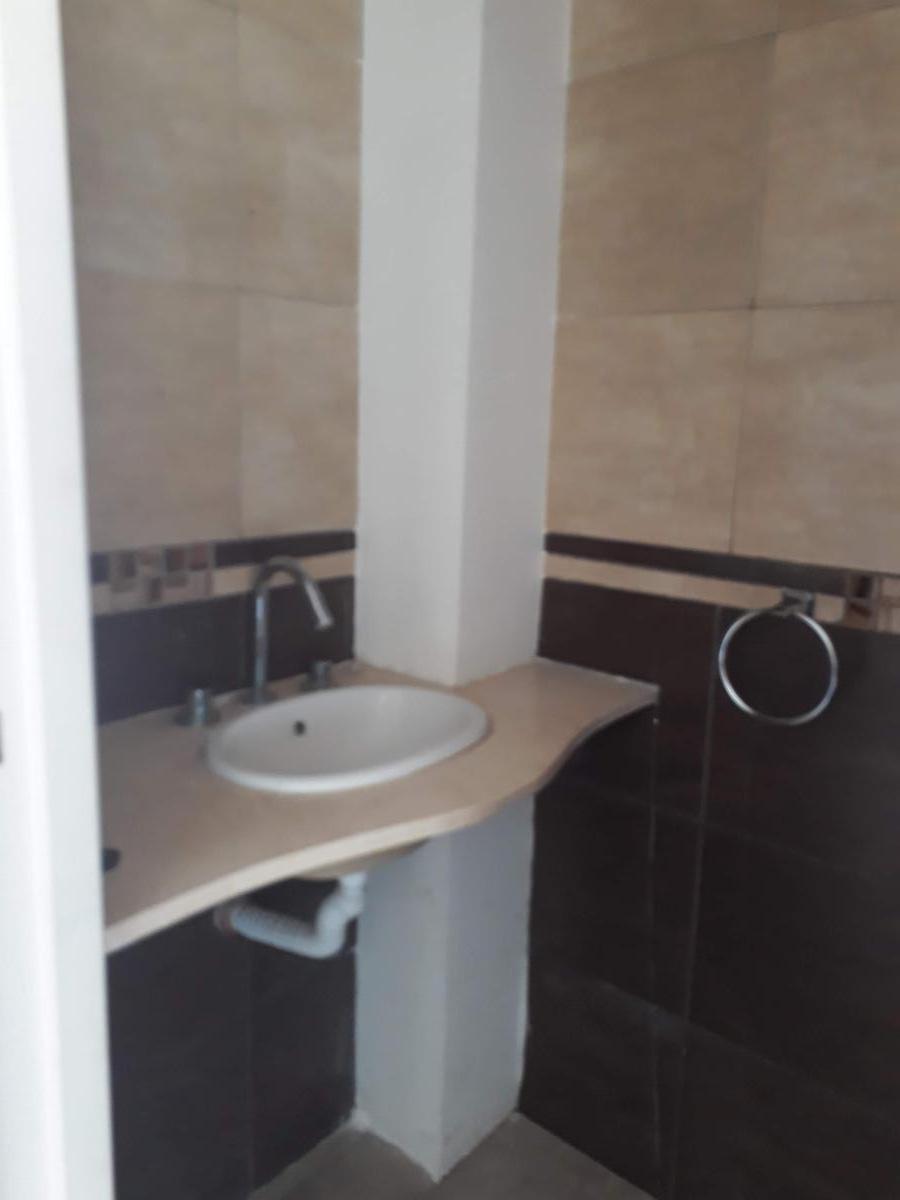 Foto Casa en Venta | Alquiler en  José Hernández,  La Plata  CALLE 135 y 514