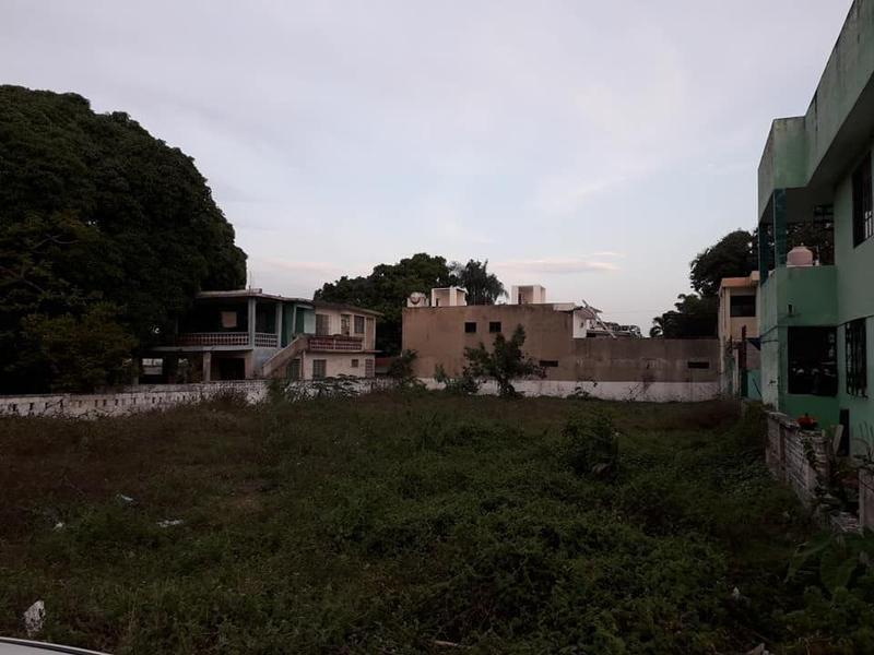 Foto Terreno en Venta |  en  Tihuatlán ,  Veracruz  TERRENO 800 M2 EN VENTA UNIDAD NACIONAL