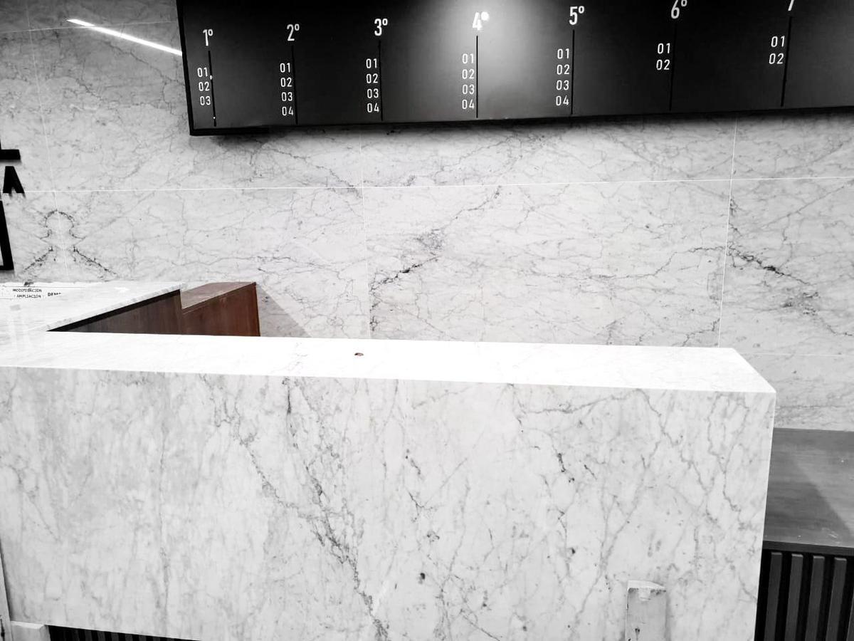 Foto Oficina en Venta en  Retiro,  Centro (Capital Federal)  SUIPACHA  al 1000