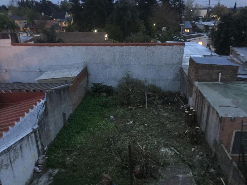 Foto Local en Alquiler en  Barrio Parque Leloir,  Ituzaingo  Presidente Peron al 7100